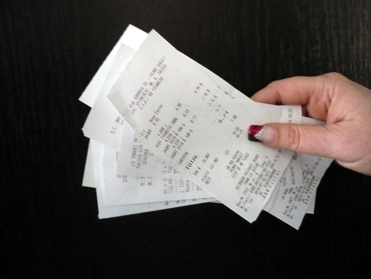 Ce documente emiteti clientilor si ce trebuie sa apara pe bonul fiscal